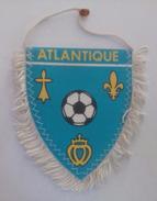 Ancien Fanion De Football - Ligue Atlantique - FFF - Habillement, Souvenirs & Autres