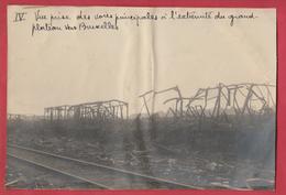 Identifié à Luttre - Bombardement De Convoi Ferroviaire En 1944 - 4 - Photo 15 Cm /10 Cm ... Document Unique - War 1939-45