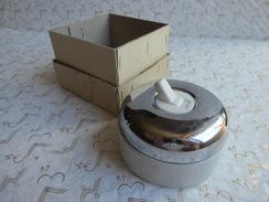 Cendrier Interrupteur CGE Porcelaine & Chrome Presque Neuf Avec Sa Boite D'origine Diamètre 9 Cm. - Porcelaine