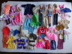 Lot 2 Poupées Barbie Mattel & 1 Simba Steffi Love Avec Nombreux Vétements Divers - Barbie