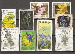 Fleurs Des Montagnes - Petit Lot De 9 Timbres ° - Aster - Aconit - Gentiane - Arnica - Centaurée - Vrac (max 999 Timbres)