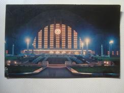 NIGHT VIEW OF CINCINNATTI UNION TERMINAL OHIO USA PLASTICHROME FAS-FOTO. UNUSED. - Stations Without Trains