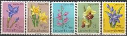 Luxembourg 1976 Michel 936 - 940 Neuf ** Cote (2008) 5.50 Euro Caritas Fleurs - Neufs