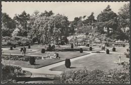 Kingsnorth Gardens In Folkestone, Kent, 1963 -  Valentine RP Postcard - Folkestone