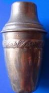 Petit Pot En Cuivre - Origine Afrique - Haut. 11,5 Cm - Diamètre Maxi 6 Cm - Poids 120 Grammes Emballé Avec Soin - Art Africain
