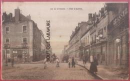 71 - LE CREUSOT---Rue D'Autun--commerces--attelages--animé - Le Creusot
