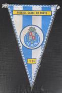 Futebol Clube Do Porto FOOTBALL CLUB, SOCCER / FUTBOL / CALCIO , OLD PENNANT, SPORTS FLAG - Apparel, Souvenirs & Other