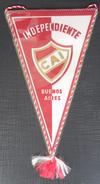 Club Atlético Independiente CAI Buenos Aires Argentina FOOTBALL CLUB, SOCCER / FUTBOL / CALCIO OLD PENNANT, SPORTS FLAG - Apparel, Souvenirs & Other