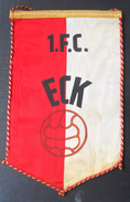 1 FC ECK FOOTBALL CLUB, SOCCER / FUTBOL / CALCIO OLD PENNANT, SPORTS FLAG - Habillement, Souvenirs & Autres