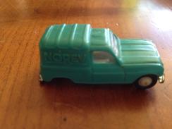 "NOREV 1/86   "" Renault R4 "" Fourgonette Verte - Toy Memorabilia"