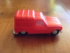 """NOREV 1/86   """" Renault R4 """" Fourgonette Orange - Toy Memorabilia"""