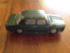 """NOREV 1/86   """" Renault R8 """" Verte - Toy Memorabilia"""