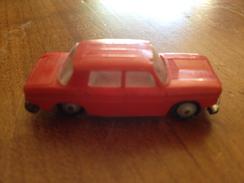 """NOREV 1/86   """" Renault R8 """" Rouge° - Toy Memorabilia"""