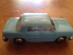 "NOREV 1/86   "" Renault R8 "" Bleu  Clair - Toy Memorabilia"