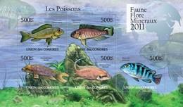 COMORES 2011 SHEET FISHES POISSONS PEIXES PECES MARINE LIFE FAUNE FLORE MINERAUX Cm11112a - Comores (1975-...)