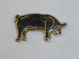 Pin's COCHON - Animals