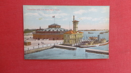 Aquarium & Fire Boat    New York > New York City         Ref  2595 - Manhattan