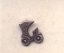 Pin Coche Antiguo Con Capota. Ref. 13-1118 - Pin