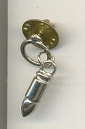 Pin Colgante Con Proyectil (bala). Ref. 13-1119 - Pin