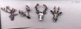 Pins. Cuatro Pins En Relieve.Cabezas De Ciervos. Ref. 13-1163 - Pin