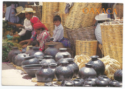 Messico,The Typical Black Pottery Of Oxaca. - Messico