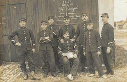 Carte De Militaires à Identifier - 14e Compagnie, Souvenir Du Camp D'Avor, Photo Réty, Bourges - Carte Non Circulée - Te Identificeren