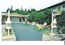 """Hotel Motel St-Louis, Les Voitures D'Eau, Ile Aux Coudres, Charlevoix, Quebec 3.5"""" X 2.3"""" 9 Cm X 5.7 Cm - Géographie"""