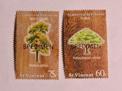 ST-VINCENT  1986   LOT# 10  TREES - St.Vincent (1979-...)