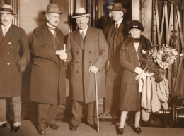 Londres Euston J.H. Thomas Et Ramsay MacDonald Port De Takoradi Ancienne Photo 1928 - Famous People