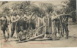 Congo Français  Transport Ivoire Hommes Nus Ivory Transport Elephant Killing - Frans-Kongo - Varia