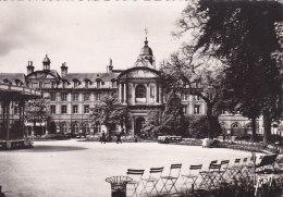 Bg - Cpsm Grand Format CAEN - Jardin Royal Et Hôtel De Ville - Caen