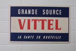 BUVARD GRANDE SOURCE VITTEL, LA SANTE EN BOUTEILLE - Buvards, Protège-cahiers Illustrés