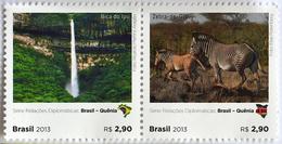 BRAZI 2013 BRAZIL KENYA ZEBRA WATERFALL HORSE - Brazil