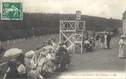 CPA Bagnoles-de-L'Orne Les Courses La Terrasse - Bagnoles De L'Orne