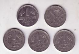 Lot N° 213 - Lot De 5 Pièces De 1 Deutche Mark - [ 6] 1949-1990 : RDA - Rép. Démo. Allemande