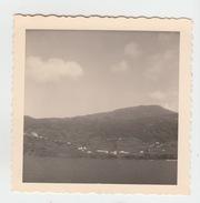PHOTO 1959 / A BORD DU BATEAU JEAN MERMOZ - ARRIVEE A L'ILE DE PICO (ACORES) - Lieux