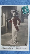 CPA MAGDA SIMON LA TOILETTE AU THEATRE TH DES NOUVEAUTES 1912 - Théâtre
