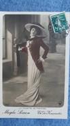 CPA MAGDA SIMON LA TOILETTE AU THEATRE TH DES NOUVEAUTES 1912 - Teatro