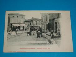 """17 ) Mortagne-sur-gironde - Spectacle Dans La Rue """" Montreurs D'ours  - Année  - EDIT : Papin - France"""
