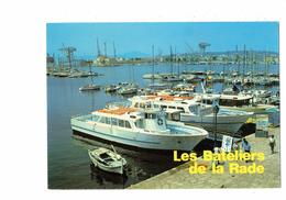 Cpm - 83 - TOULON - LES BATELIERS DE LA RADE - Bateau Mistral Eros  Grue - Toulon