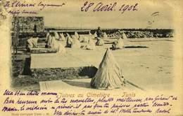 TUNIS / JUIVES AU CIMETIERE / A 20 - Tunisie
