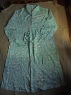 Ancienne Chemise De Nuit D'hiver Femme T 52 Années 60 - Vintage Clothes & Linen