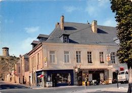 08-GIVET- LA TOUR GREGOIRE , PLACE DE LA REPUBLIQUE- LES MARRONNIERS - Givet