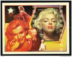 1997  Marilyn Monroe, Actrice    Bloc-feuillet  ** - Togo (1960-...)