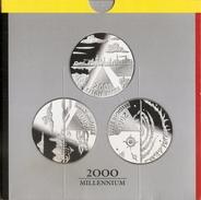 200 Frank 2000 Frans - Vlaams - Duits * MILLENNIUM * QP - BLISTER * Nr 9722 - 1993-...: Albert II
