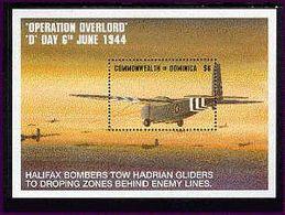 DOMINICA   1715  MINT NEVER HINGED SOUVENIR SHEET OF AVIATION  # 154-2  ( - Avions
