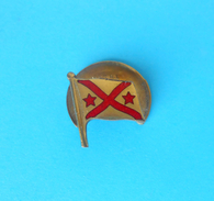 ROWING -  Switzerland Vintage Enamel Buttonhole Pin Badge Aviron Rudersport Rudern Rudernd Anstecknadel * By Paul Kramer - Remo