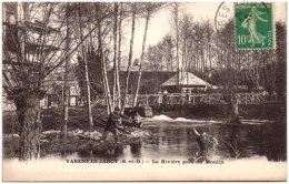 91 VARENNES-JARCY - La Rivière Près Du Moulin  (recto/verso) - Autres Communes