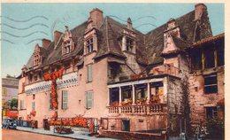 24 - PERIGUEUX - Maison De Consuls - 1942 - Timbres Maréchal PETAIN - Périgueux