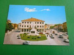 Cartolina Montebelluna ( Treviso ) - Piazza Garibaldi E Corso Mazzini 1965 Ca - Treviso